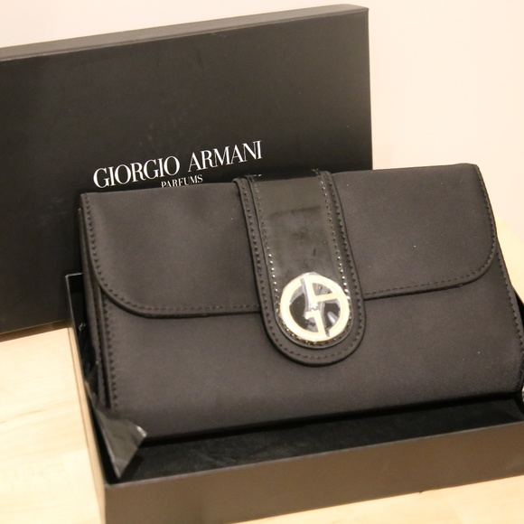 detailed pictures separation shoes quality products Giorgio Armani Clutch
